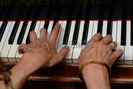 betastet klavier musik tastatur