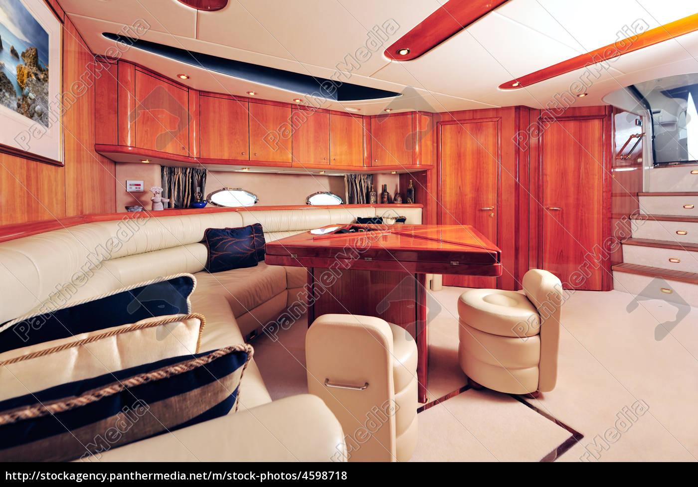 Luxusyachten innen  luxusyacht innen - Stockfoto - #4598718 - Bildagentur PantherMedia