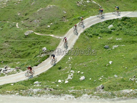 mountain bikers crossing the mountains