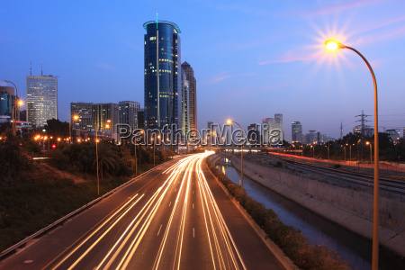 evening view on ayalon highway and