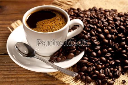 frisch geroesteter kaffee