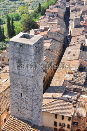 tuscan medieval village san gimignano view