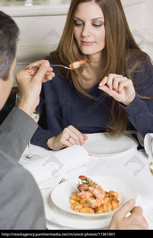 frau, restaurant, menschen, leute, personen, mensch - 11361001