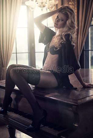 blonde seduction