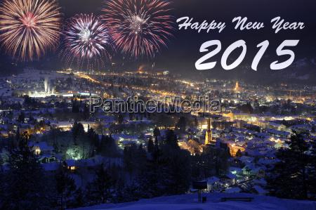 feuerwerk zu neujahr 2015 ueber garmisch