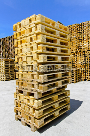 pallets stack