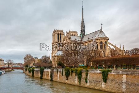 cathedral of notre dame de paris