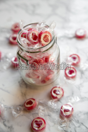 candies with heart
