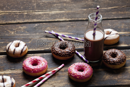 glass bottle cocoa drinking straws