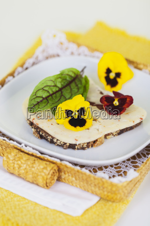 slice of bread garnished with chili