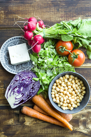 ingredients for a rainbow salad chickpeas