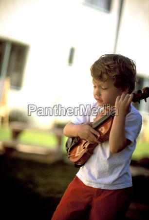musik spiel spielen spielend spielt musikinstrument