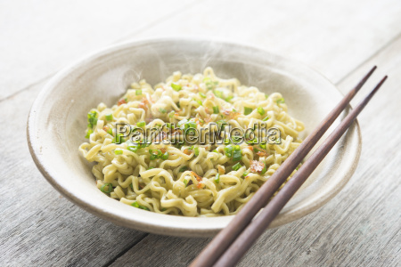 asian japanese dried ramen noodles