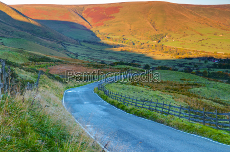 vale, of, edale, peak, district, nationalpark, derbyshire, england - 20819199