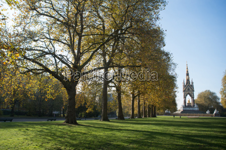 autumn in hyde park london england
