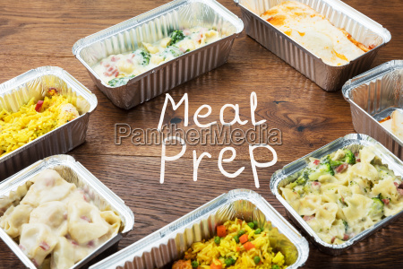 the word meal preparation written on