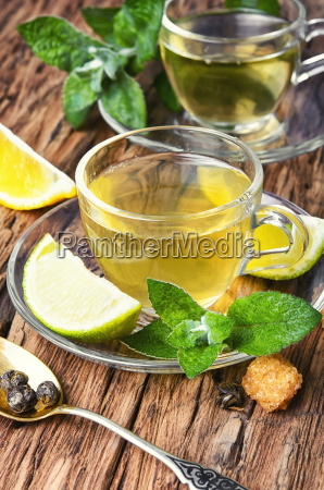 green tea with lime mint and